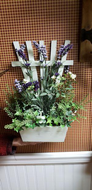 Trellis Flower Box for Sale in Farmville, VA