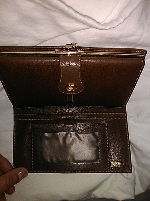 Fendi Eria Tote Bag Cf614 624cf Vintage Gucci Checkbook Wallet For In Tucson Az Offerup