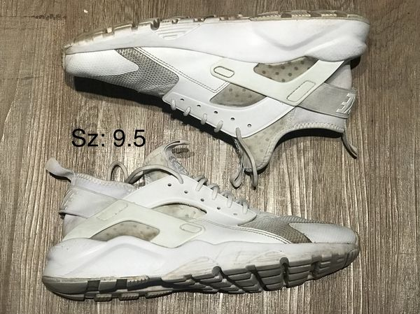 32aed7f3d6a7 Nike Mens Huarache Run Ultra Shoes sz 9.5 for Sale in Ontario