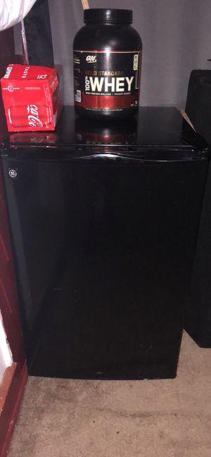 Mini fridge Ge for Sale in Washington, DC