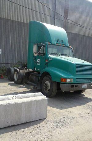 1995 International 8200 Dual Drive Tractor Semi Truck (OBO) for Sale in Seattle, WA
