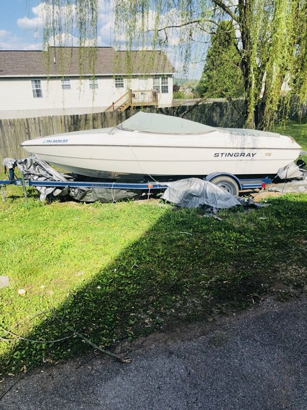 Stingray 2006 volva penta practically new