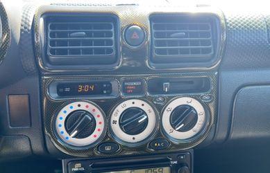 2002 Toyota MR2 Spyder Thumbnail