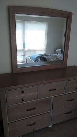 Dresser with full mirror for Sale in Washington, DC