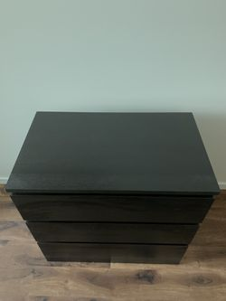Chest of drawers Thumbnail