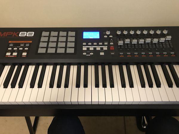 AKAI MPK 88 Professional - 88 Key MIDI Controller for Sale in Miami, FL -  OfferUp