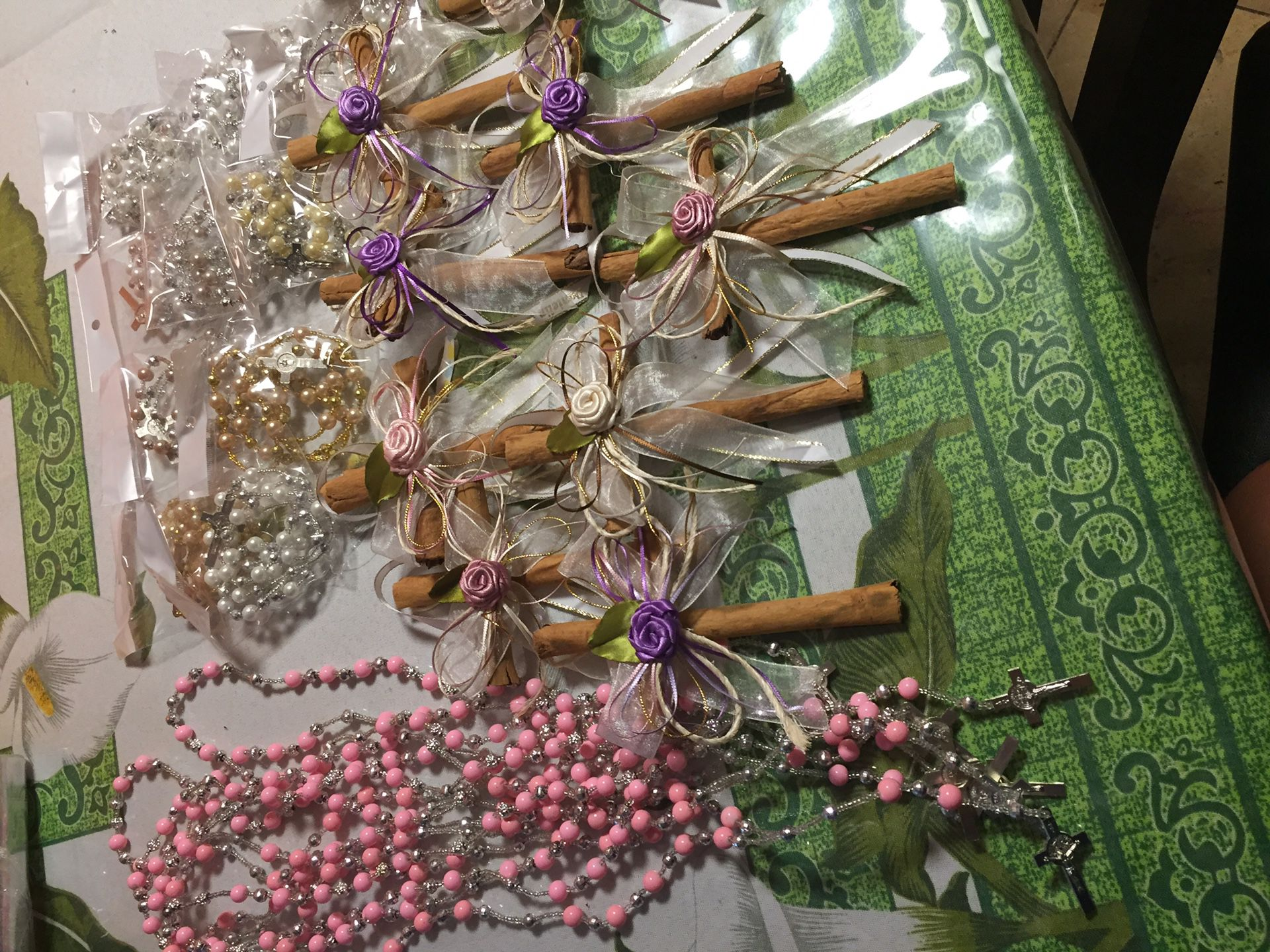 Acsesorios para primera comunión cuales de canela rosarios abuenprecio