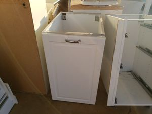 Nice but used kitchen cabinets with farm sink for Sale in Phoenix, AZ