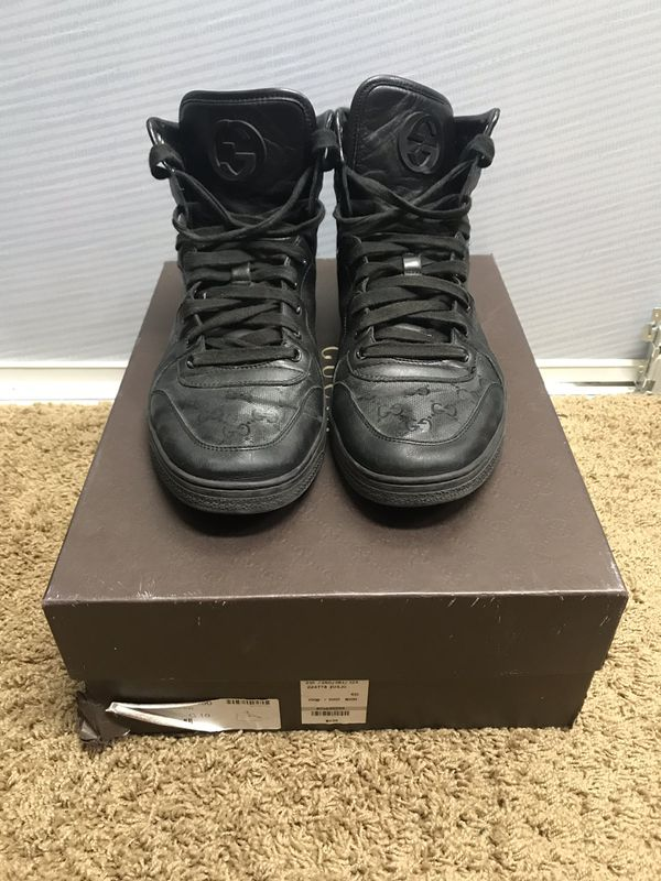 7278e9463be Men s Gucci Shoe for Sale in Gilbert