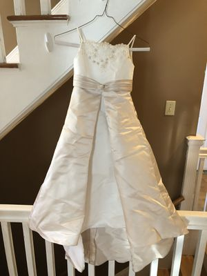 David's Bridal Ivory/Champagne Flower Girl Dress for Sale in Milton, MA