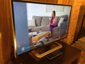 32 inch Vizio M-Series M321i-A2 1080p HD Slim Led Internet TV with Remote. Mint Condition. for Sale in Rockville, MD