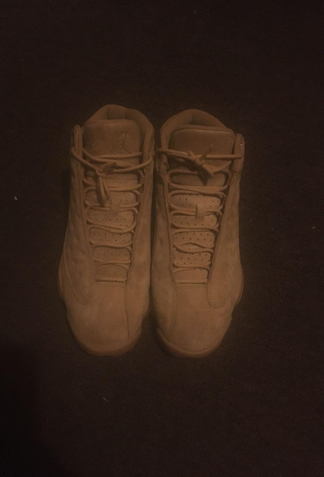 Jordan 13s size 10
