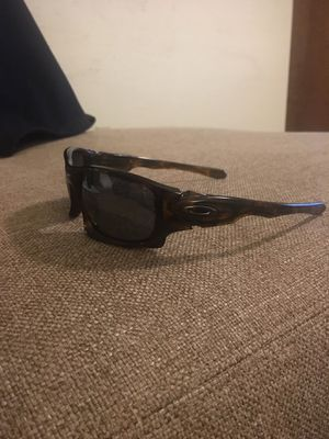 2707e374720 Authentic Oakley Men s Sunglasses for Sale in Springfield