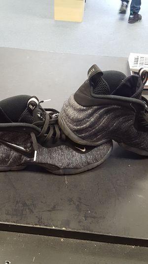 871e54c685eb7 Nike foamposite mens size 10 for Sale in Ocala