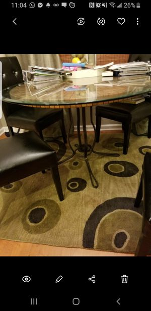 Photo Pier 1 Dining chairs