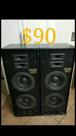 Pro Audio Tower Speakers 200 Watts For In Las Vegas Nv