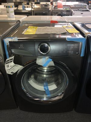 ELECTROLUX GREY FRONT LOD WASHER WITH STEAM. NEW! for Sale in Houston, TX