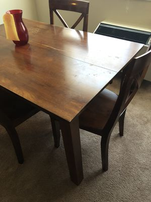 Kitchen table/Dinning table for Sale in Hyattsville, MD