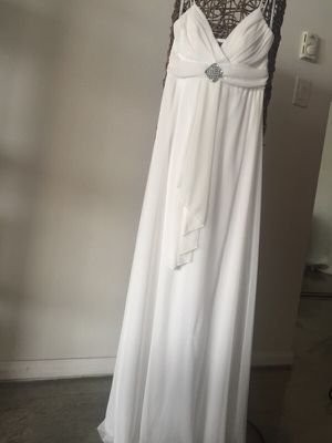 Wedding dress/evening gown white size 4/6 for Sale in Santa Monica, CA