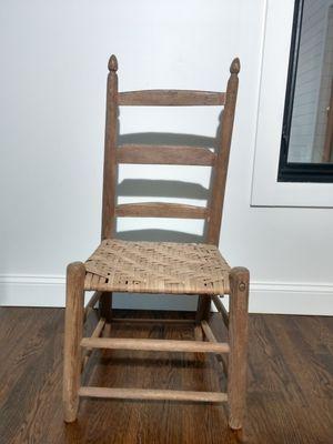 Antique chair for Sale in Atlanta, GA