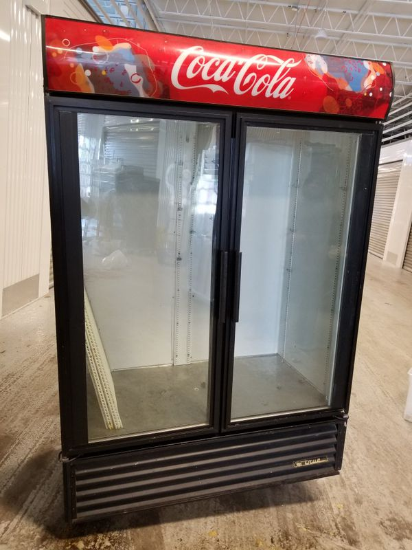 True Gdm 49 Coca Cola 2 Door Glass Cooler Refrigerator Merchandiser For In Chicago Il Offerup