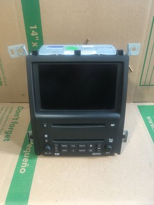 05-07 CADILLAC STS GPS NAVIGATION AM FM RADIO RECEIVER CD PLAYER 15256169 for Sale in Montgomery Village, MD