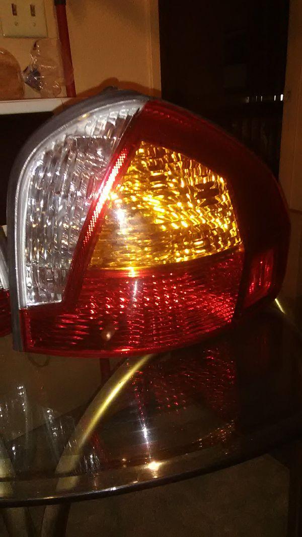 Hyundai Santa Fe Tail Lights