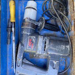 Skil Roto Hammer 717 hammer drill in metal case Thumbnail