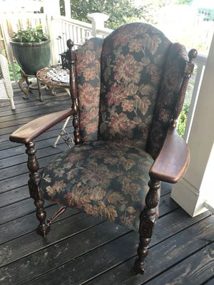 ANTIQUE CHAIR!! Frame needs tightening. Fabric is in good condition. for Sale in Arbutus, MD