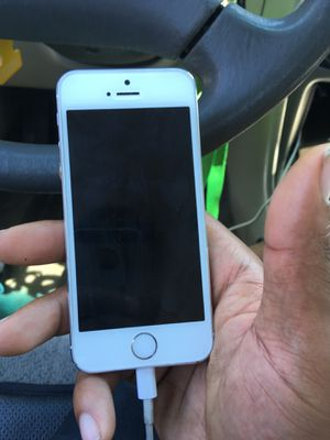 iPhone 5 unlocked phone stop charging for Sale in Lanham, MD