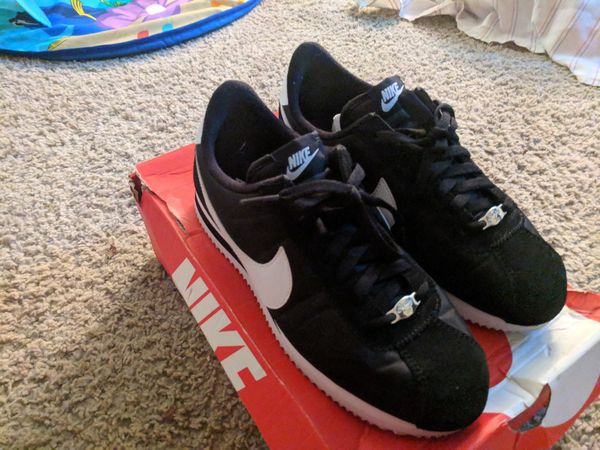 separation shoes 7c2ff 41592 Nike Cortez Shoes for Sale in San Jose, CA - OfferUp