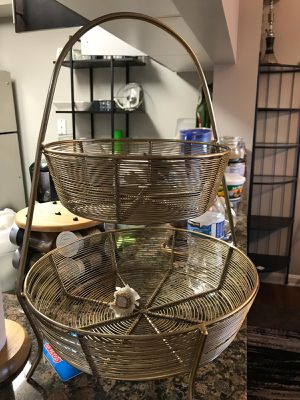 2 tier countertop fruit basket for Sale in NO POTOMAC, MD