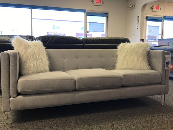 Modern Sofa with acrylic legs for Sale in Las Vegas, NV - OfferUp