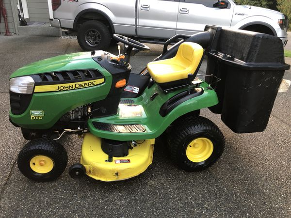 John Deere Tractor Lift Problems : John deere d riding lawn mower with twin bagger