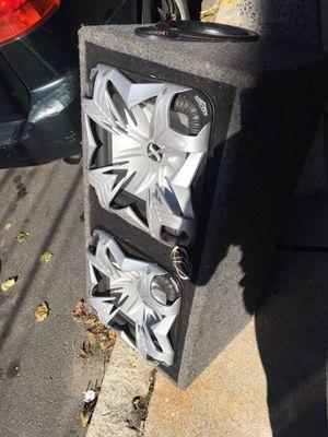 2 12 inches Kicker 2400 WATTS L5 for Sale in Boston, MA