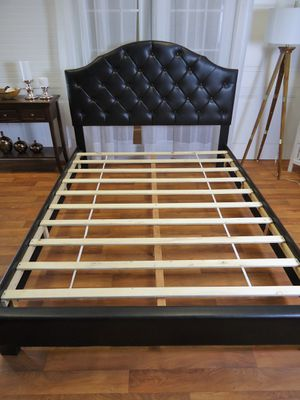 New queen leather bed frame for Sale in Silver Spring, MD