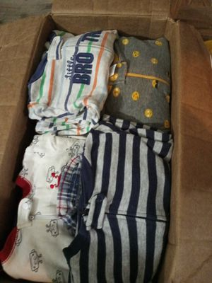 Photo Fully loaded baby boy close 3 to 6 baby boy clothes nothing wrong with them