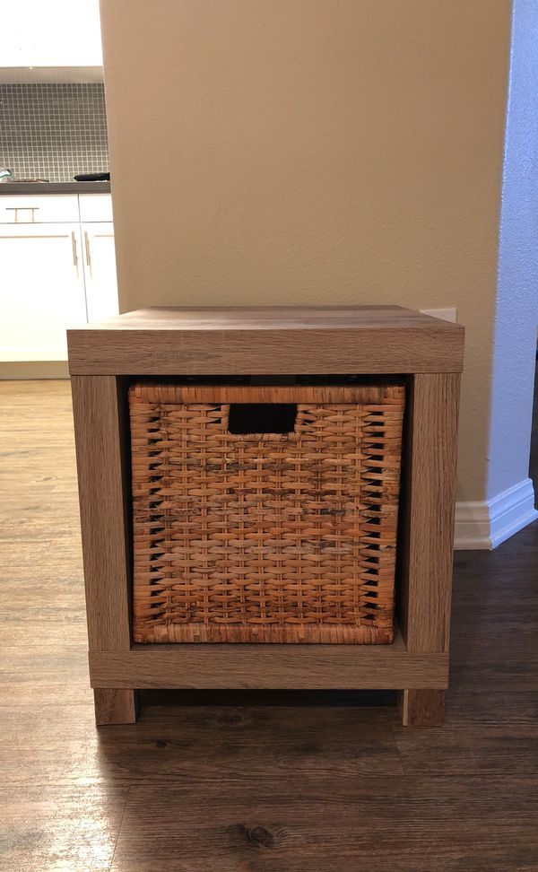 Side Table With Wicker Basket Ing Tonight Only