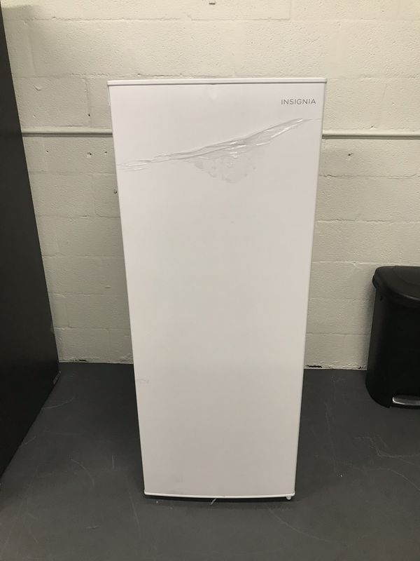 Like New Unboxed Insignia Freezer 5 3 Cu Ft