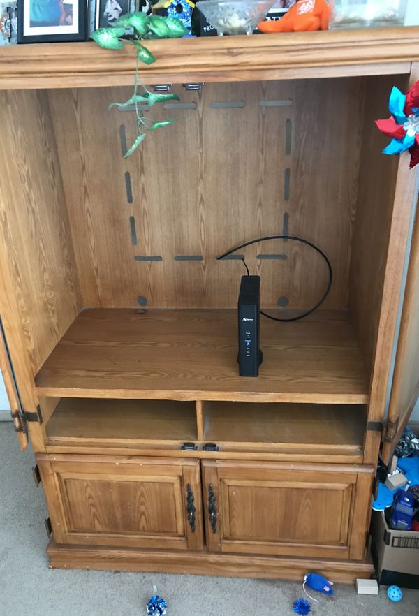 Entertainment Center With Closing Doors Nice Shape Furniture In Duluth Mn Offerup