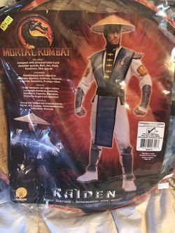 Halloween Costume Thumbnail