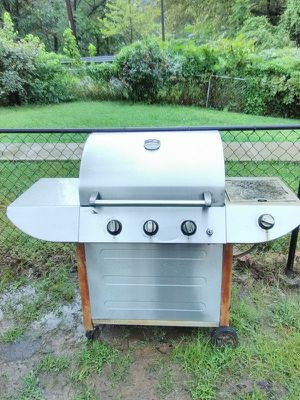 American Outdoors Grill works as new for Sale in Washington, DC