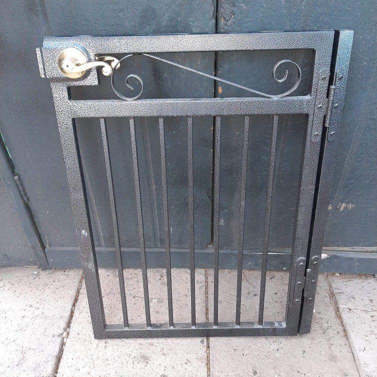 """36"""" T , 25 1/2"""" W  Metal Entrance Gate [Read Description]"""