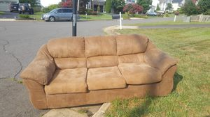 Curb alert... Free sofa set for Sale in Bristow, VA