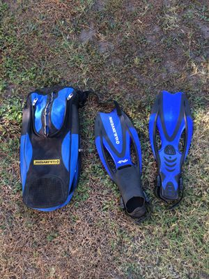 US Divers fins with bag for Sale in Cerritos, CA