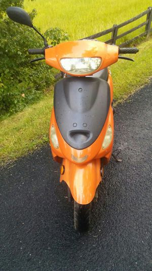 2014 49 cc scooter for Sale in Buckingham, VA
