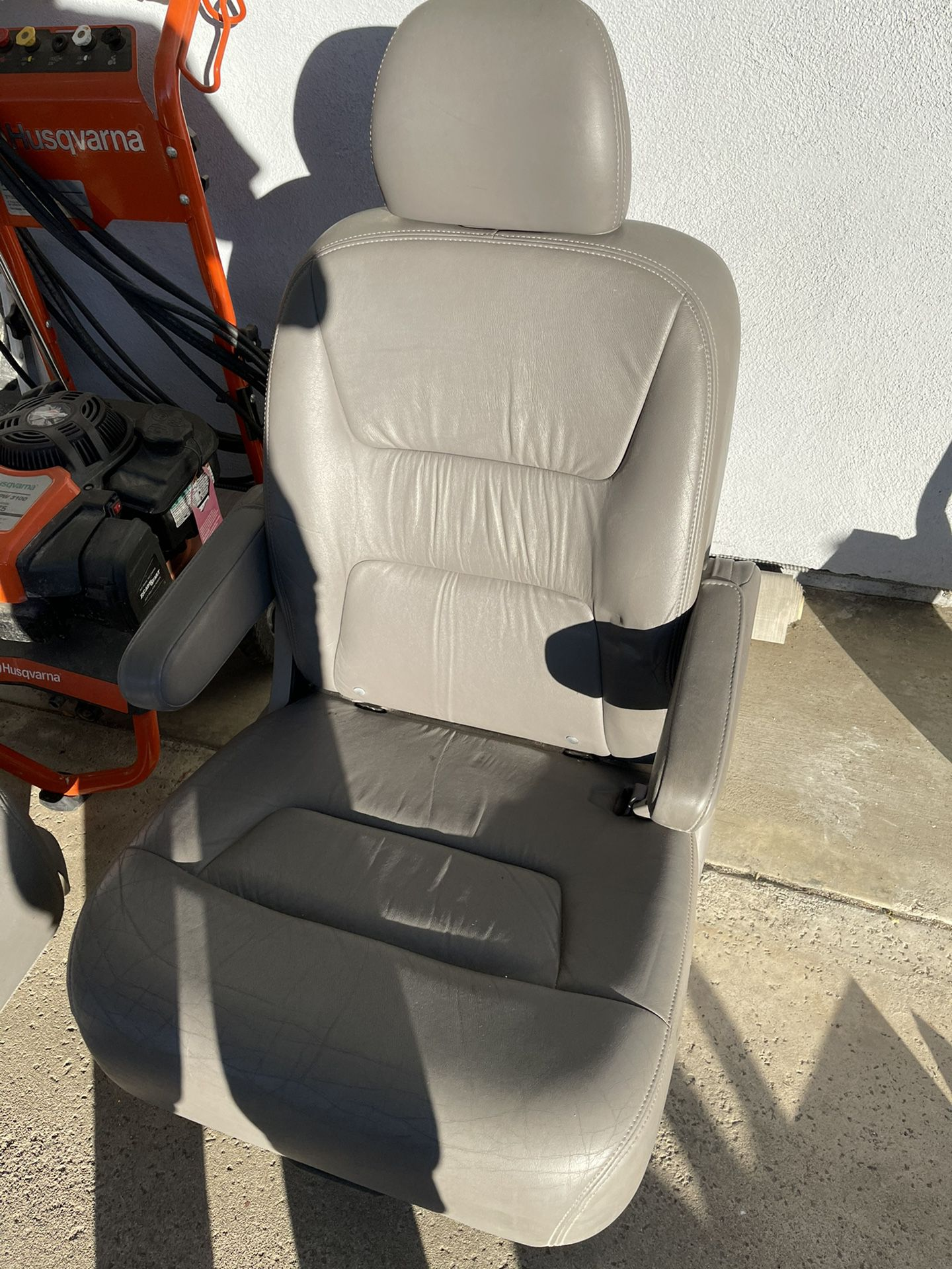 2 Middle Leather Seats Honda Odysey