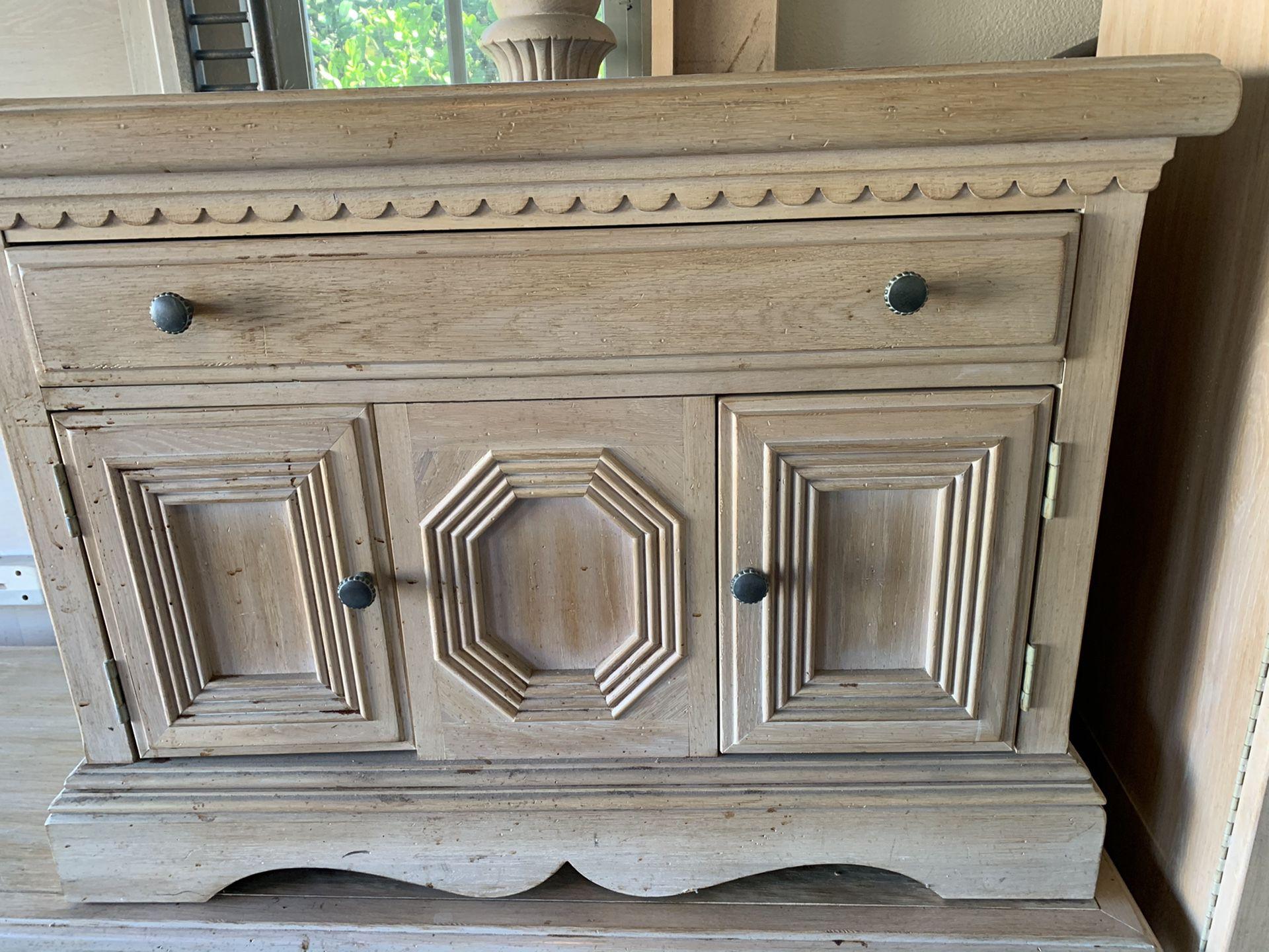 Lexington California King bedset White Washed Oak Solid