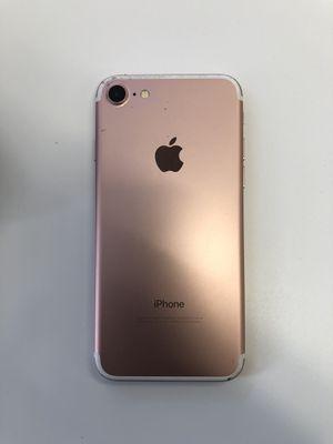 iPhone 7 128gb rose gold unlocked (originally Verizon phone) for Sale in Nottingham, MD