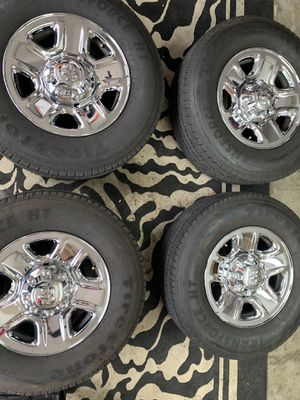 Photo Ram 2500 18 Inch Wheels (8 Lug) With Firestone Tires